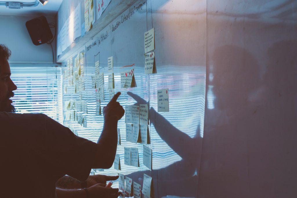 Evento online aborda como criar estratégias em um novo mundo