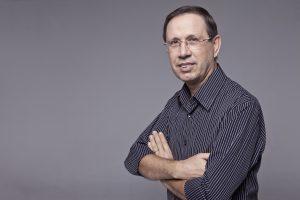 Carlos Wizard é empreendedor social, professor, escritor e fundador do projeto social Brasil do Bem / Divulgação