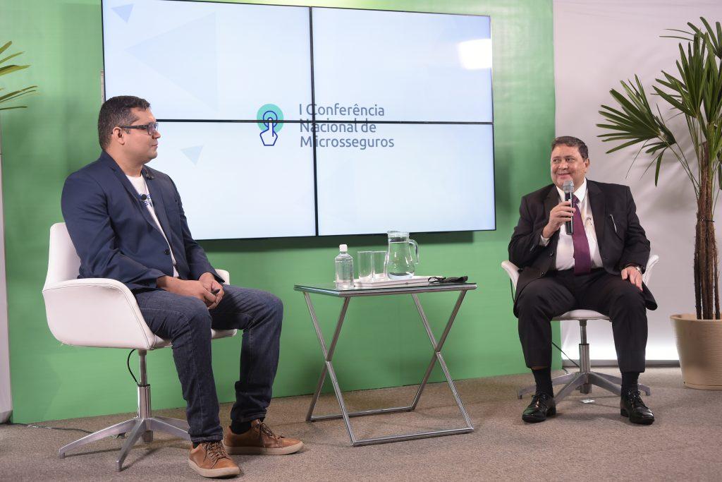O fundador da Educa Seguros, Anderson Ojope; e o presidente da Associação Nacional das Microsseguradoras, Edson Calheiros / Divulgação