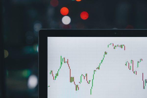 Economia: Relatório Focus e dados de conjuntura nos EUA movimentam a semana