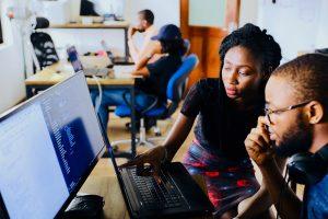 Seguros Unimed conquista reconhecimentos por gestão do capital humano