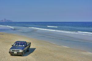 Conduzir automóveis pela areia da praia é prática que precisa de atenção dos proprietários